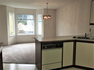 "Photo 4: 11 15550 89 Avenue in Surrey: Fleetwood Tynehead Townhouse for sale in ""BARKERVILLE"" : MLS®# R2262830"