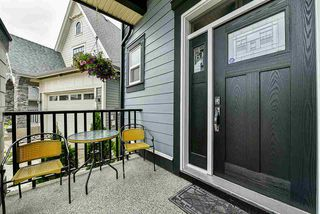 """Photo 2: 20972 80B Avenue in Langley: Willoughby Heights House for sale in """"Lynn Fripps School Catchment"""" : MLS®# R2287923"""