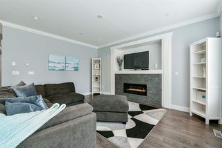 """Photo 5: 20972 80B Avenue in Langley: Willoughby Heights House for sale in """"Lynn Fripps School Catchment"""" : MLS®# R2287923"""