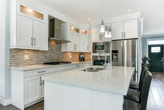 """Photo 4: 20972 80B Avenue in Langley: Willoughby Heights House for sale in """"Lynn Fripps School Catchment"""" : MLS®# R2287923"""