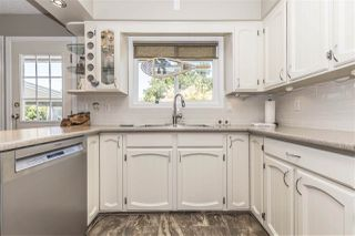 Photo 7: 45161 INSLEY Avenue in Sardis: Sardis West Vedder Rd House for sale : MLS®# R2289301