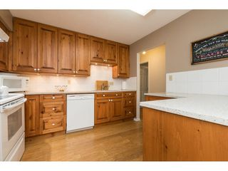 "Photo 10: 104 15290 THRIFT Avenue: White Rock Condo for sale in ""WINDERMERE"" (South Surrey White Rock)  : MLS®# R2293238"