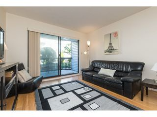 "Photo 3: 104 15290 THRIFT Avenue: White Rock Condo for sale in ""WINDERMERE"" (South Surrey White Rock)  : MLS®# R2293238"