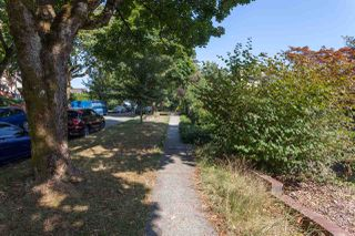 Photo 4: 4088 W 19TH Avenue in Vancouver: Dunbar House for sale (Vancouver West)  : MLS®# R2297247