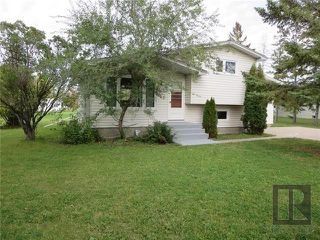 Photo 1: 45 Captain Kennedy Road in St Andrews: Residential for sale (R13)  : MLS®# 1826010