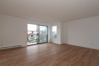 """Photo 4: 202 642 E 7TH Avenue in Vancouver: Mount Pleasant VE Condo for sale in """"Ivan Manor"""" (Vancouver East)  : MLS®# R2319383"""