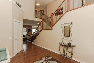 Photo 3: 1335 KAPYONG Avenue in Edmonton: Zone 27 House for sale : MLS®# E4139572