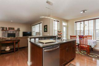 Photo 7: 1335 KAPYONG Avenue in Edmonton: Zone 27 House for sale : MLS®# E4139572