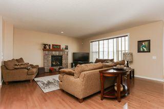 Photo 13: 1335 KAPYONG Avenue in Edmonton: Zone 27 House for sale : MLS®# E4139572