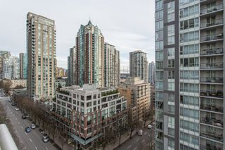 "Photo 11: 1204 1001 RICHARDS Street in Vancouver: Downtown VW Condo for sale in ""MIRO"" (Vancouver West)  : MLS®# R2332215"