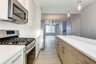 Photo 9: 10518 76 Street in Edmonton: Zone 19 House Half Duplex for sale : MLS®# E4142876