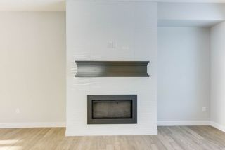Photo 19: 10518 76 Street in Edmonton: Zone 19 House Half Duplex for sale : MLS®# E4142876