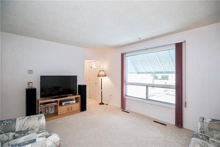 Photo 2: 325 Rupertsland Avenue in Winnipeg: West Kildonan Residential for sale (4D)  : MLS®# 1906420