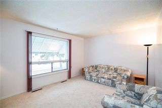 Photo 5: 325 Rupertsland Avenue in Winnipeg: West Kildonan Residential for sale (4D)  : MLS®# 1906420