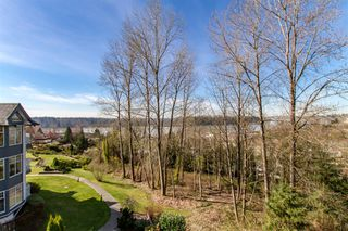 "Photo 6: 304 11605 227 Street in Maple Ridge: East Central Condo for sale in ""THE HILLCREST"" : MLS®# R2354109"