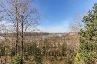 "Photo 13: 304 11605 227 Street in Maple Ridge: East Central Condo for sale in ""THE HILLCREST"" : MLS®# R2354109"