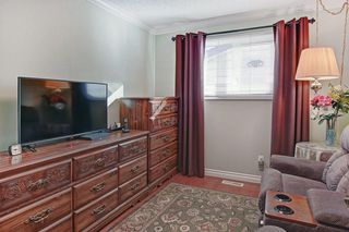 Photo 18: 467 QUEENSLAND Circle SE in Calgary: Queensland Detached for sale : MLS®# C4236793