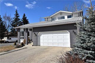 Photo 1: 192 WOODGLEN Way SW in Calgary: Woodbine Detached for sale : MLS®# C4238059
