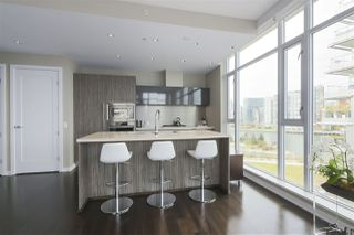 "Photo 4: 708 1616 COLUMBIA Street in Vancouver: False Creek Condo for sale in ""THE BRIDGE"" (Vancouver West)  : MLS®# R2356931"