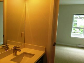 """Photo 11: 118 618 LANGSIDE Avenue in Coquitlam: Coquitlam West Townhouse for sale in """"BLOOM"""" : MLS®# R2359810"""