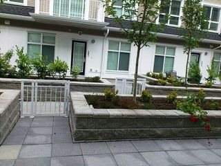 """Photo 4: 118 618 LANGSIDE Avenue in Coquitlam: Coquitlam West Townhouse for sale in """"BLOOM"""" : MLS®# R2359810"""
