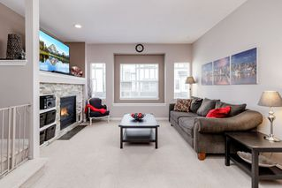"""Photo 8: 25 1055 RIVERWOOD Gate in Port Coquitlam: Riverwood Townhouse for sale in """"MOUNTAIN VIEW ESTATES"""" : MLS®# R2368988"""