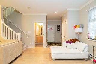 Photo 3: 9 8380 NO. 2 Road in Richmond: Woodwards Townhouse for sale : MLS®# R2369109