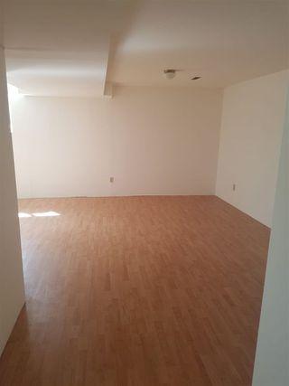 Photo 5: 16019 100 Street in Edmonton: Zone 27 House Half Duplex for sale : MLS®# E4156780