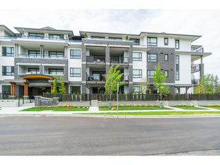 "Photo 2: 310 22087 49 Avenue in Langley: Murrayville Condo for sale in ""The Belmont"" : MLS®# R2371680"