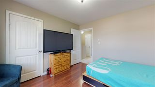 Photo 11: 8729 79A Street in Fort St. John: Fort St. John - City SE House 1/2 Duplex for sale (Fort St. John (Zone 60))  : MLS®# R2375633