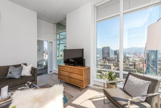 """Photo 6: PH 2702 161 W GEORGIA Street in Vancouver: Downtown VW Condo for sale in """"COSMO BY CONCORD PACIFIC"""" (Vancouver West)  : MLS®# R2378643"""
