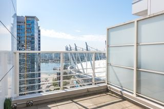 """Photo 14: PH 2702 161 W GEORGIA Street in Vancouver: Downtown VW Condo for sale in """"COSMO BY CONCORD PACIFIC"""" (Vancouver West)  : MLS®# R2378643"""