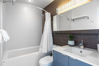 """Photo 12: PH 2702 161 W GEORGIA Street in Vancouver: Downtown VW Condo for sale in """"COSMO BY CONCORD PACIFIC"""" (Vancouver West)  : MLS®# R2378643"""
