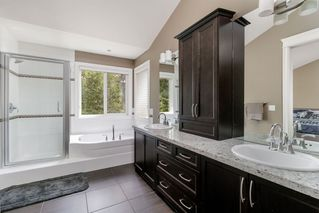 """Photo 11: 9786 204 Street in Langley: Walnut Grove House for sale in """"YORKSON CREEK"""" : MLS®# R2382699"""