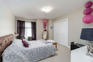 """Photo 13: 9786 204 Street in Langley: Walnut Grove House for sale in """"YORKSON CREEK"""" : MLS®# R2382699"""