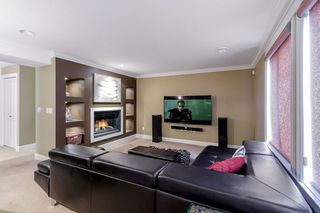 """Photo 15: 9786 204 Street in Langley: Walnut Grove House for sale in """"YORKSON CREEK"""" : MLS®# R2382699"""