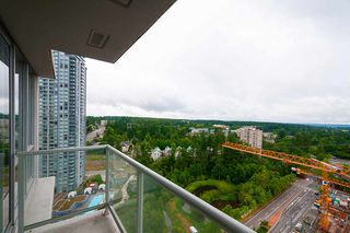 "Photo 5: 2005 9981 WHALLEY Boulevard in Surrey: Whalley Condo for sale in ""PARK PLACE 2"" (North Surrey)  : MLS®# R2385178"