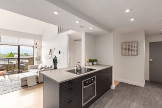 """Photo 6: 302 853 E 7TH Avenue in Vancouver: Mount Pleasant VE Condo for sale in """"Vista Villa"""" (Vancouver East)  : MLS®# R2385780"""