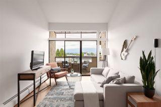 """Photo 3: 302 853 E 7TH Avenue in Vancouver: Mount Pleasant VE Condo for sale in """"Vista Villa"""" (Vancouver East)  : MLS®# R2385780"""