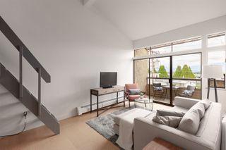 """Photo 2: 302 853 E 7TH Avenue in Vancouver: Mount Pleasant VE Condo for sale in """"Vista Villa"""" (Vancouver East)  : MLS®# R2385780"""
