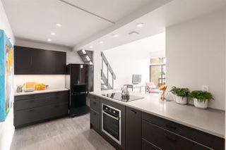 """Photo 9: 302 853 E 7TH Avenue in Vancouver: Mount Pleasant VE Condo for sale in """"Vista Villa"""" (Vancouver East)  : MLS®# R2385780"""