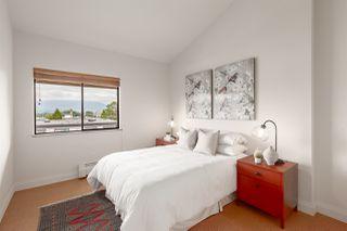 """Photo 10: 302 853 E 7TH Avenue in Vancouver: Mount Pleasant VE Condo for sale in """"Vista Villa"""" (Vancouver East)  : MLS®# R2385780"""
