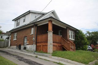 Photo 1: 278 W Bloor Street in Oshawa: Lakeview House (1 1/2 Storey) for sale : MLS®# E4506412