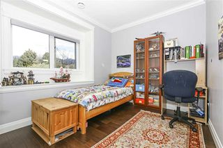 Photo 9: 1350 SOWDEN Street in North Vancouver: Norgate House for sale : MLS®# R2386683