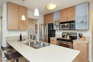 "Photo 13: 3001 928 HOMER Street in Vancouver: Yaletown Condo for sale in ""YALETOWN PARK 1"" (Vancouver West)  : MLS®# R2387487"