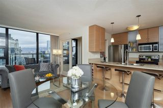 "Photo 10: 3001 928 HOMER Street in Vancouver: Yaletown Condo for sale in ""YALETOWN PARK 1"" (Vancouver West)  : MLS®# R2387487"