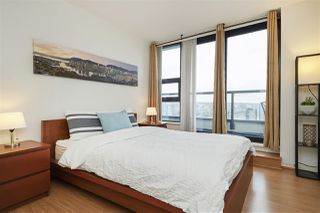 "Photo 17: 3001 928 HOMER Street in Vancouver: Yaletown Condo for sale in ""YALETOWN PARK 1"" (Vancouver West)  : MLS®# R2387487"