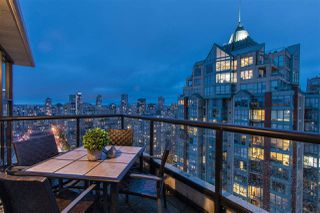 "Photo 4: 3001 928 HOMER Street in Vancouver: Yaletown Condo for sale in ""YALETOWN PARK 1"" (Vancouver West)  : MLS®# R2387487"
