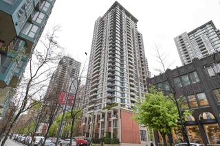 "Photo 7: 3001 928 HOMER Street in Vancouver: Yaletown Condo for sale in ""YALETOWN PARK 1"" (Vancouver West)  : MLS®# R2387487"