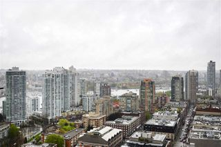 "Photo 6: 3001 928 HOMER Street in Vancouver: Yaletown Condo for sale in ""YALETOWN PARK 1"" (Vancouver West)  : MLS®# R2387487"